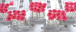 modern wedding centrepiece